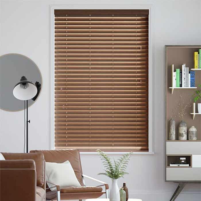 Rèm gỗ cản sáng chống nắng nóng cho phòng khách