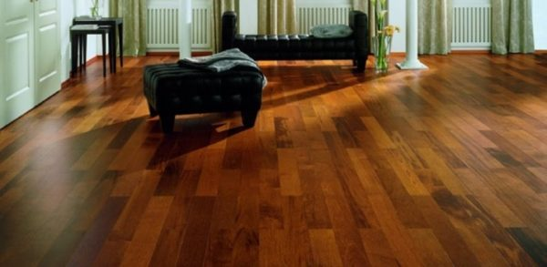 Sàn gỗ nhựa trong nhà