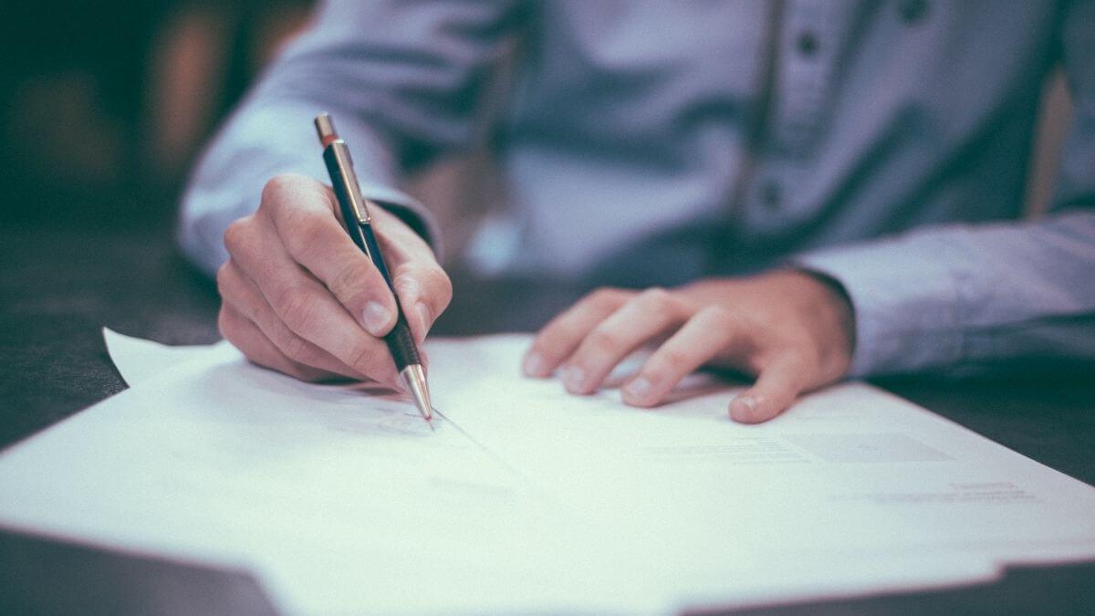 Chữ ký phong thủy theo tên đẹp và ý nghĩa giúp bạn thành công trong sự nghiệp 2021