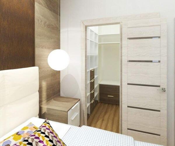 Nhà vệ sinh và tủ quần áo bên trong phòng ngủ