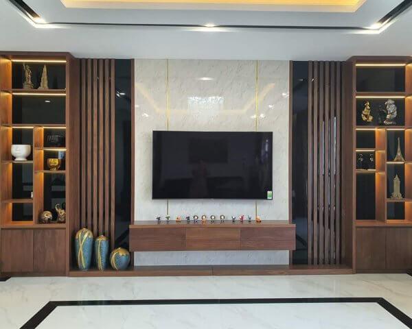 Thiết kế nội thất phòng khách kiểu ốp gỗ