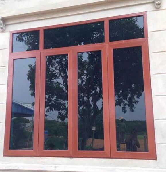 Cửa sổ 4 cánh đơn giản bằng gỗ
