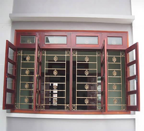 Mẫu cửa sổ 4 ngăn sang trọng